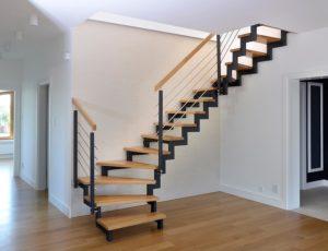 Лестница на открытом каркасе